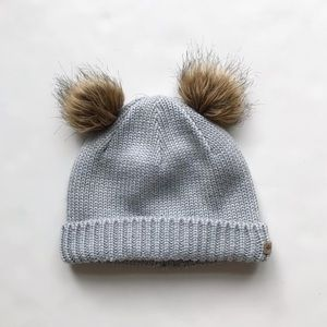 Columbia lined double pom winter hat GUC 4-6Y
